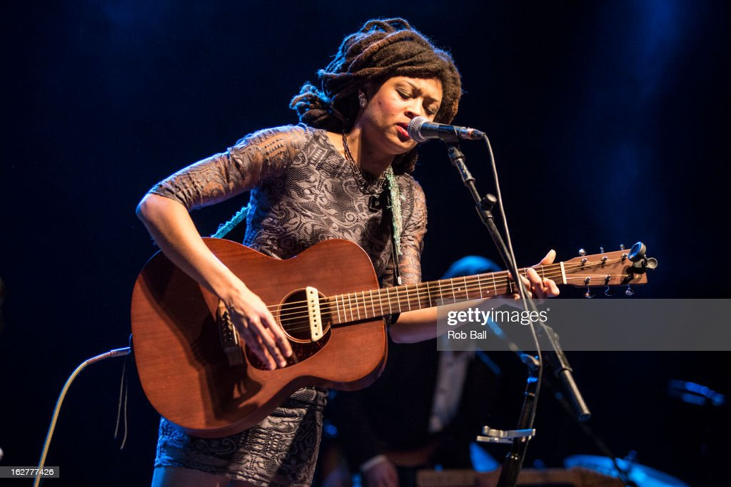 Valerie June performs on stage at Southampton Guildhall on February 26, 2013 in Southampton, England.