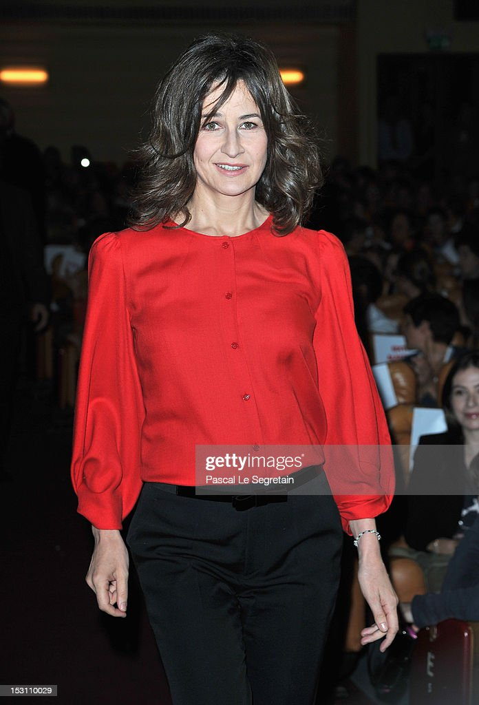 Valerie Lemercier attends the 'Asterix & Obelix: Au Service De Sa Majeste' premiere at Le Grand Rex on September 30, 2012 in Paris, France.