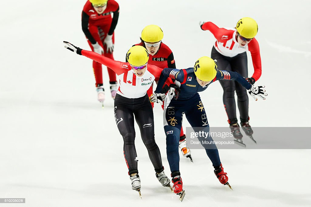 Valerie Maltais of Canada and Do Hee Noh of South Korea scramble for the finish line as they compete in the Ladies 1000m Final during ISU Short Track Speed Skating World Cup held at The Sportboulevard on February 14, 2016 in Dordrecht, Netherlands.