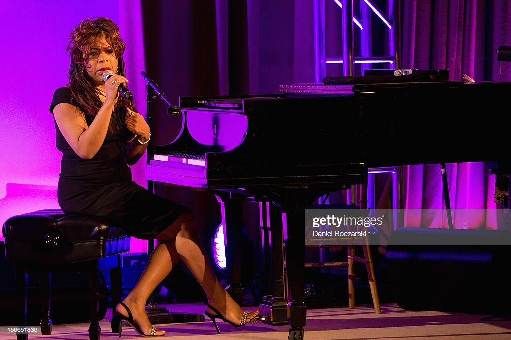 Valerie Simpson attends An Evening with Berry Gordy at the Art Institute Of Chicago on November 17, 2012 in Chicago, Illinois.