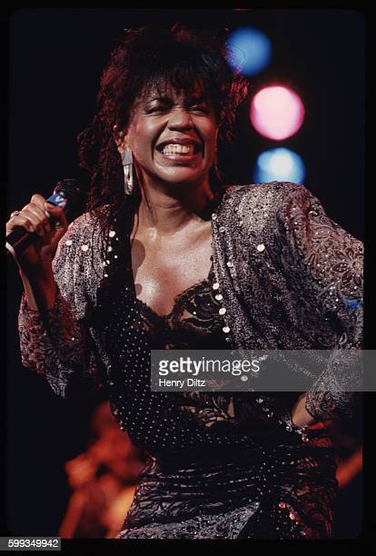 Valerie Simpson of Motown's singing and songwriting duo Ashford and Simpson in a 1985 concert She and her husband Nickolas Ashford wrote Soul hits...
