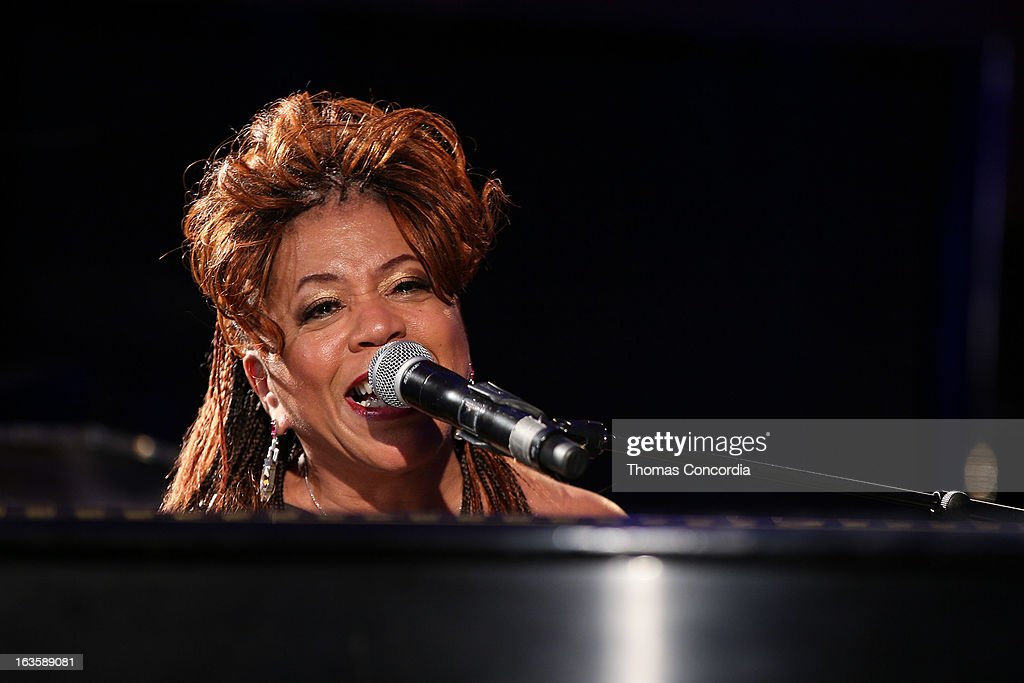 <a gi-track='captionPersonalityLinkClicked' href=/galleries/search?phrase=Valerie+Simpson+-+Recording+Artist&family=editorial&specificpeople=235722 ng-click='$event.stopPropagation()'>Valerie Simpson</a> performs at the Rock Art Love Ball on March 12, 2013 in New York City.