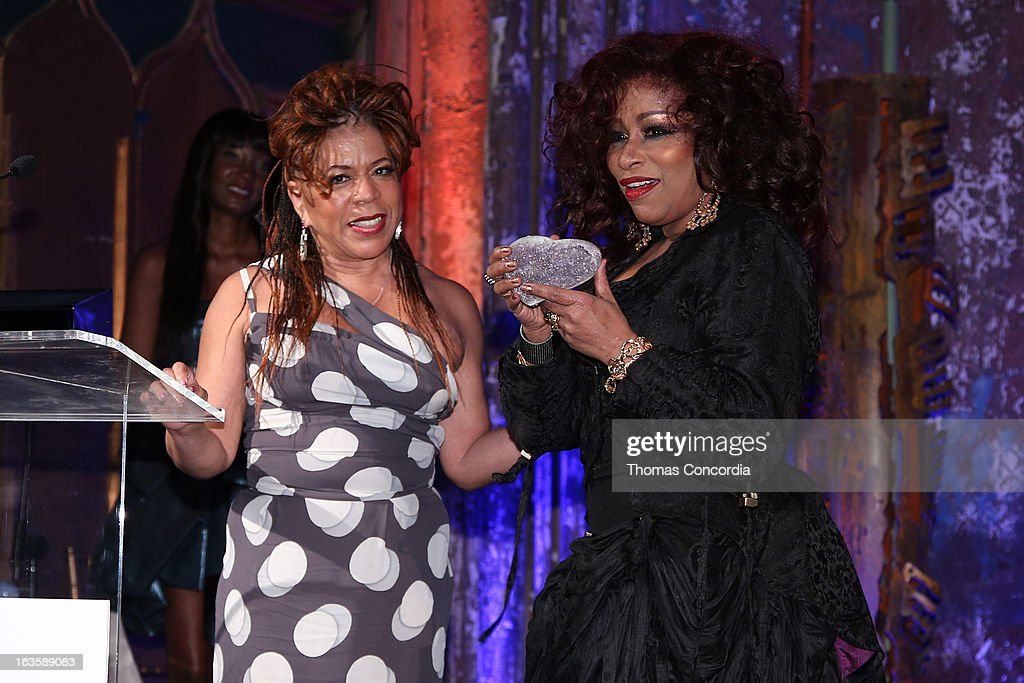 <a gi-track='captionPersonalityLinkClicked' href=/galleries/search?phrase=Valerie+Simpson+-+Recording+Artist&family=editorial&specificpeople=235722 ng-click='$event.stopPropagation()'>Valerie Simpson</a> presents an award to <a gi-track='captionPersonalityLinkClicked' href=/galleries/search?phrase=Chaka+Khan&family=editorial&specificpeople=208691 ng-click='$event.stopPropagation()'>Chaka Khan</a> at the Rock Art Love Ball on March 12, 2013 in New York City.
