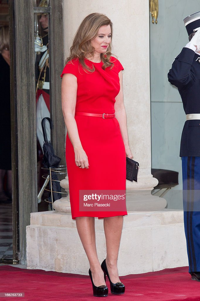 Valerie Trierweiler poses to attend a state dinner at Palace Elysee on May 7, 2013 in Paris, France.