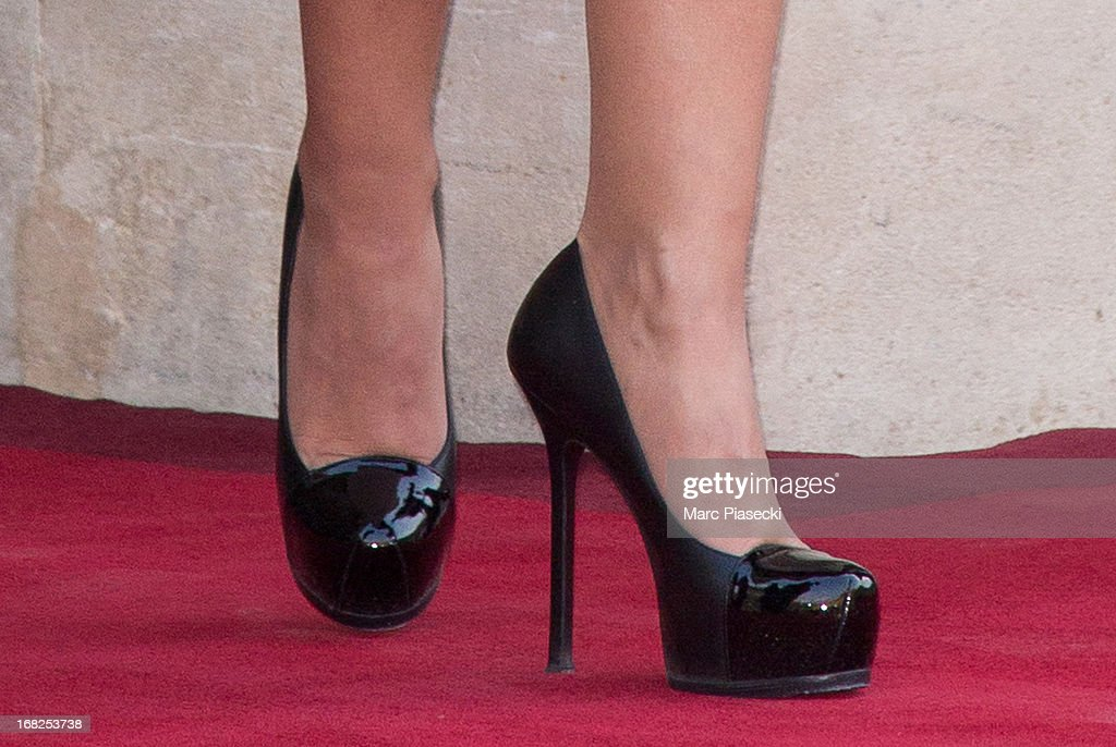 Valerie Trierweiler (shoe detail) poses to attend a state dinner at Palace Elysee on May 7, 2013 in Paris, France.