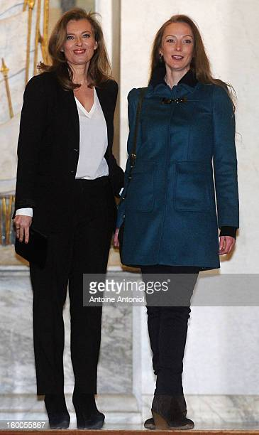 Valerie Trierweiler welcomes Florence Cassez at the Elysee Palace on January 25 2013 in Paris France A Supreme Court in Mexico voted to free Florence...