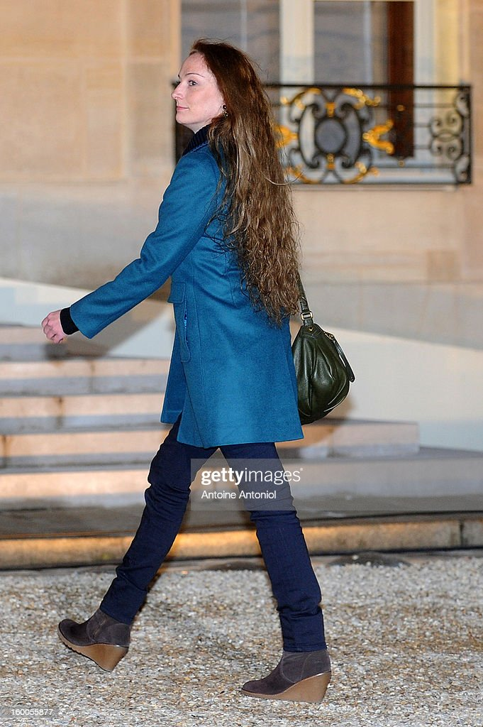 <a gi-track='captionPersonalityLinkClicked' href=/galleries/search?phrase=Valerie+Trierweiler&family=editorial&specificpeople=8534231 ng-click='$event.stopPropagation()'>Valerie Trierweiler</a>arrives at the Elysee Palace on January 25, 2013 in Paris, France. A Supreme Court in Mexico voted to free Florence Cassez, 38, from France who was serving out a 60-year sentence for kidnapping. The decision was made after it was decided her rights were violated by a television broadcast of a staged raid on the kidnappers by the police when in fact the alleged kidnappers, including Cassez, were arrested the previous day on a highway.