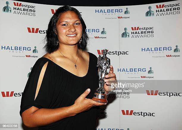 Valerie Vili accepts her award for Sportswoman of the Year at the 2009 Halberg Awards at Sky City on February 4 2010 in Auckland New Zealand