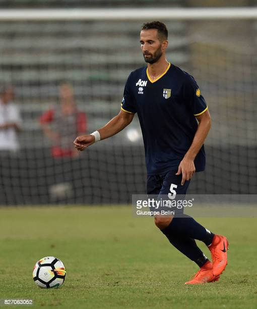 Valerio Di Cesare of Parma Calcio in action during the TIM Cup match between AS Bari and Parma Calcio at Stadio San Nicola on August 6 2017 in Bari...