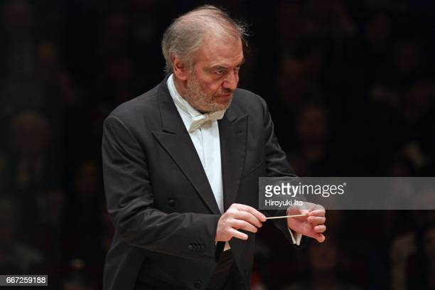 Valery Gergiev leading the Munich Philharmonic at Carnegie Hall on Monday night April 3 2017 This image Valery Gergiev leading the Munich...