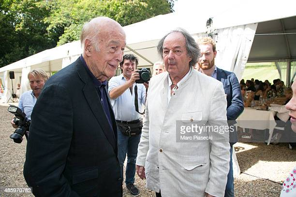 Valery Giscard d'Estaing and Gonzague Saint Bris attend the 2Oth 'La Foret des Livres' book fair on August 30 2015 in ChanceauxpresLoches France
