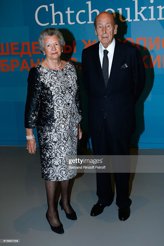 Valery Giscard d'Estaing with his wife Anne-Aymone Giscard d'Estaing attend the 'Icones de l'Art Moderne, La Collection Chtchoukine' : Cocktail at Fondation Louis Vuitton on October 20, 2016 in Paris, France.