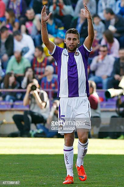 Valladolid's Italian midfielder Fausto Rossi celebrates after scoring during the Spanish league football match Valladolid vs FC Barcelona at the Jose...
