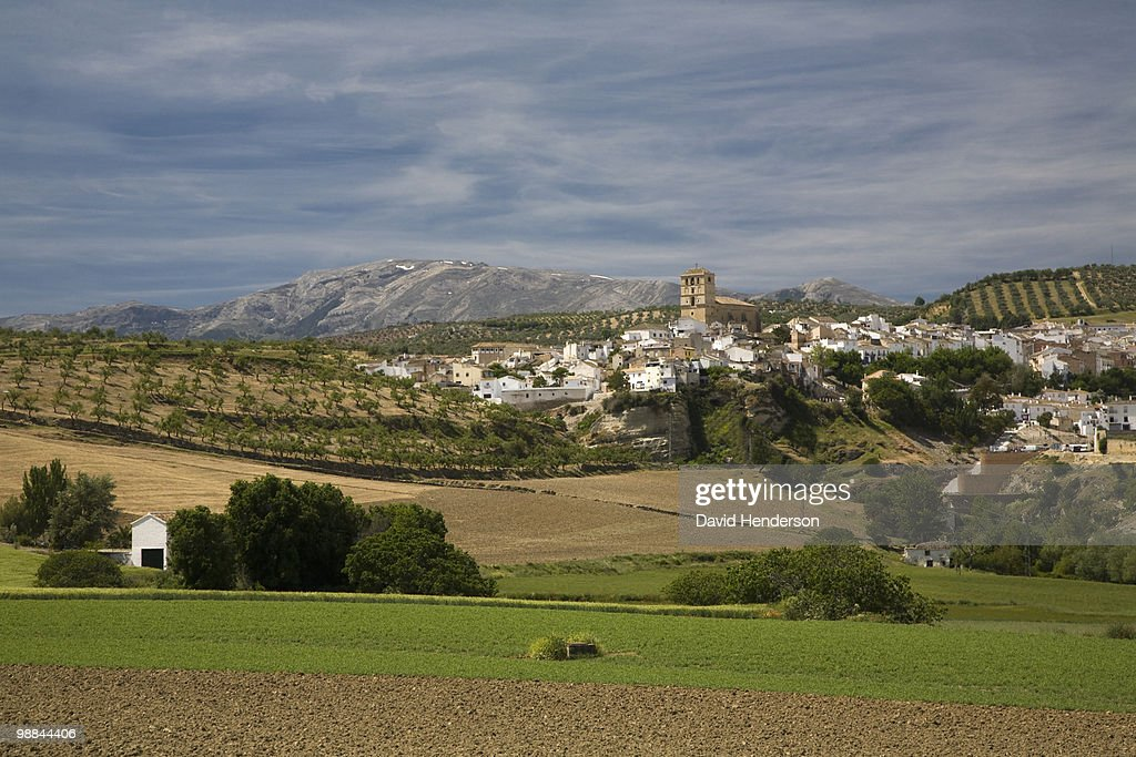 Valley and town, Alhama de Granada, Andalucia, Spain : Foto stock