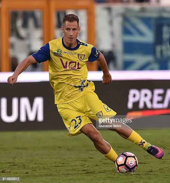 Valter Birsa of AC Chievo Verona in action during the Serie A match between Pescara Calcio and AC Chievo Verona at Adriatico Stadium on October 1...