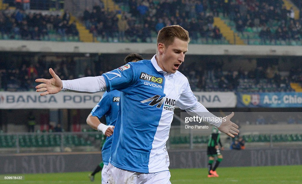 <a gi-track='captionPersonalityLinkClicked' href=/galleries/search?phrase=Valter+Birsa&family=editorial&specificpeople=1261683 ng-click='$event.stopPropagation()'>Valter Birsa</a> of Chievo Verona celebrates after scoring his opening goal from the penalty spot during the Serie A match between AC Chievo Verona and US Sassuolo Calcio at Stadio Marc'Antonio Bentegodi on February 13, 2016 in Verona, Italy.