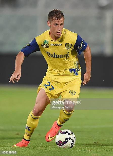 Valter Birsa of Chievo Verona in action during the TIM Cup match between Pescara Calcio and AC Chievo Verona at Adriatico Stadium on August 22 2014...