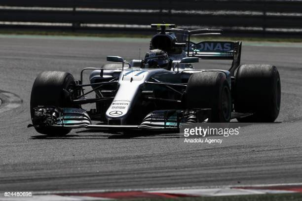 Valteri Bottas of Finalnd drives during the Formula One Grand Prix of Hungary at Hungaroring on July 30 2017 in Budapest Hungary