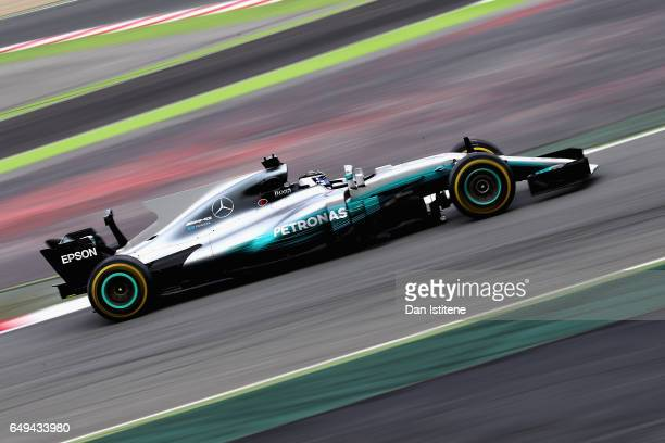 Valtteri Bottas driving the Mercedes AMG Petronas F1 Team Mercedes F1 WO8 on track during day two of Formula One winter testing at Circuit de...