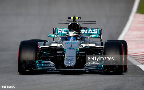 Valtteri Bottas driving the Mercedes AMG Petronas F1 Team Mercedes F1 WO8 on track during qualifying for the Malaysia Formula One Grand Prix at...