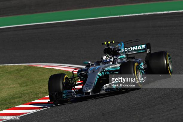 Valtteri Bottas driving the Mercedes AMG Petronas F1 Team Mercedes F1 WO8 on track during the Formula One Grand Prix of Japan at Suzuka Circuit on...
