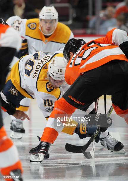Valtteri Filppula of the Philadelphia Flyers faces off with Colton Sissons of the Nashville Predators on October 19 2017 at the Wells Fargo Center in...