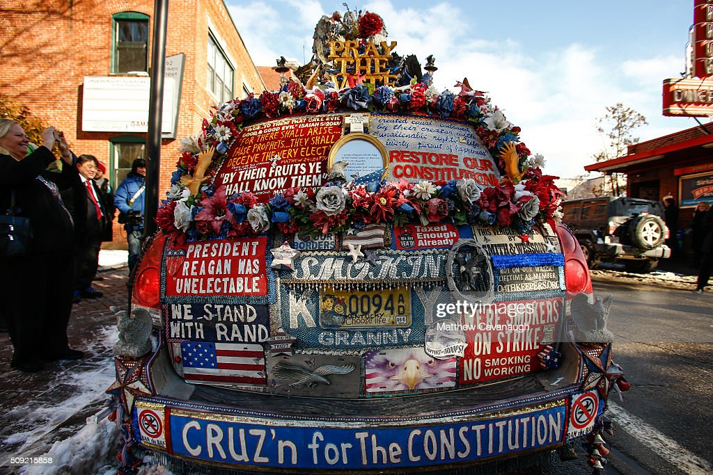 A van, belonging to activist and Ted Cruz supporter Lynda Farley of Edmonton, KY, is seen outside of the Red Arrow Diner as Cruz campaigns inside on February 9, 2016 in Manchester, New Hampshire. Voters throughout the state are heading to the polls as the New Hampshire Primary, also known as the first-in-the-nation primary, continues the process of selecting the next president of the United States.