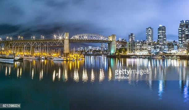 La ville de nuit de Vancouver