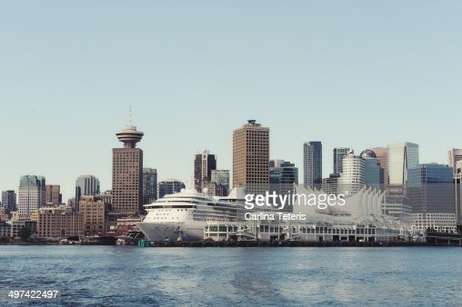 Vancouver harbour and cruise ship dock