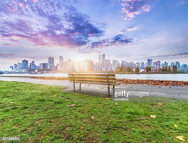 Vue sur la ville de Vancouver au lever du soleil