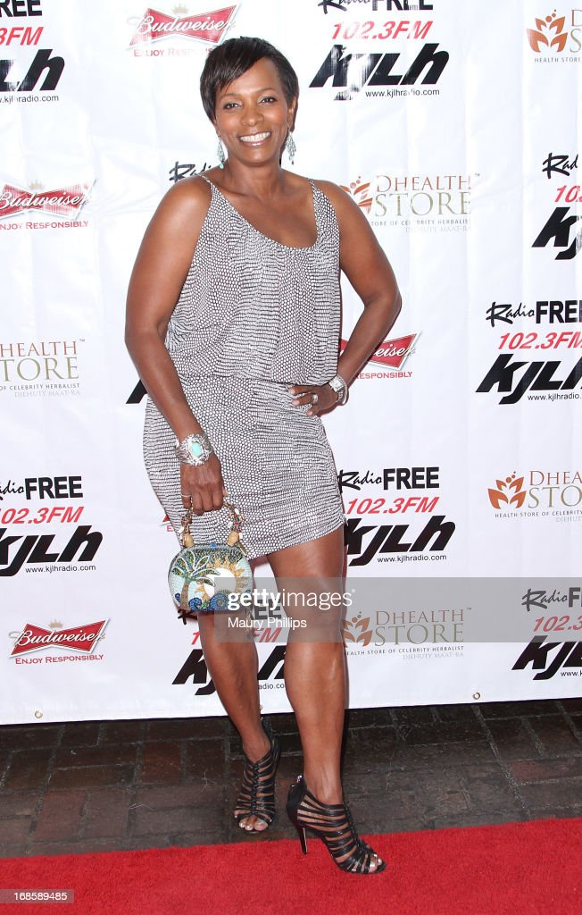 <a gi-track='captionPersonalityLinkClicked' href=/galleries/search?phrase=Vanessa+Bell+Calloway&family=editorial&specificpeople=847125 ng-click='$event.stopPropagation()'>Vanessa Bell Calloway</a> arrives at Icon Stevie Wonder's 63rd Birthday Celebration at House of Music & Entertainment on May 11, 2013 in Beverly Hills, California.