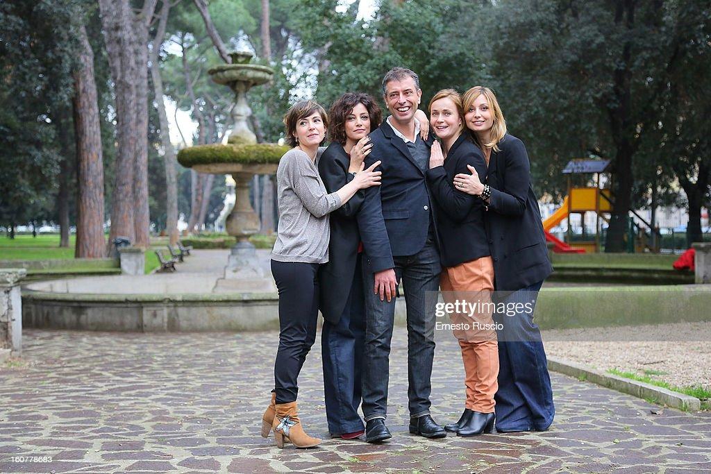 Vanessa Compagnucci, Alessia Barela, Ivan Cotroneo, Lucia Mascino and Anna Ferzetti attend the 'Una Mamma Imperfetta' photocall at Tree Bar on February 5, 2013 in Rome, Italy.
