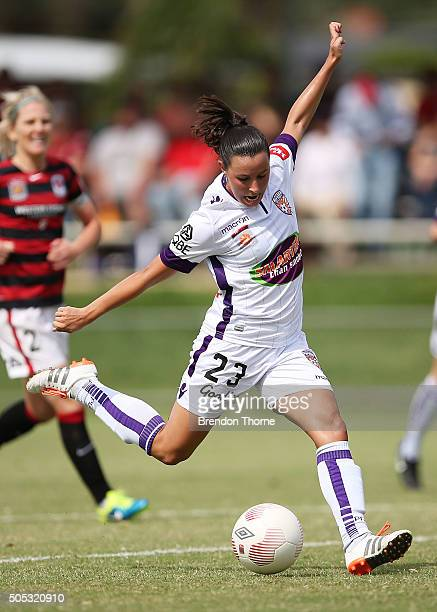 Vanessa Di Bernardo of the Glory shoots for goal during the round 14 WLeague match between the Western Sydney Wanderers and the Perth Glory at...