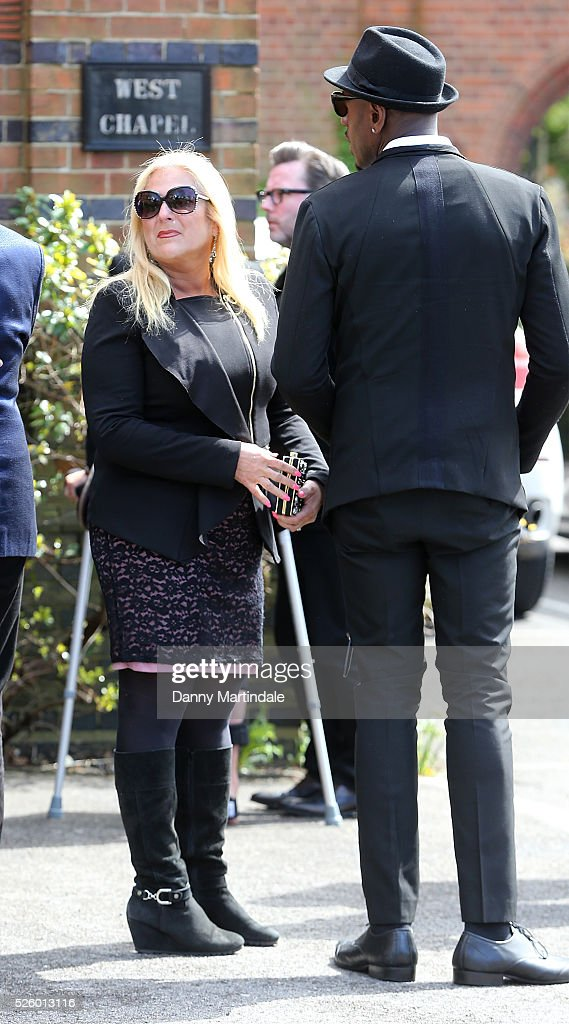 <a gi-track='captionPersonalityLinkClicked' href=/galleries/search?phrase=Vanessa+Feltz&family=editorial&specificpeople=213948 ng-click='$event.stopPropagation()'>Vanessa Feltz</a> attends the funeral of entertainer, producer and reality television star David Gest at Golders Green Crematorium on April 29, 2016 in London, England.