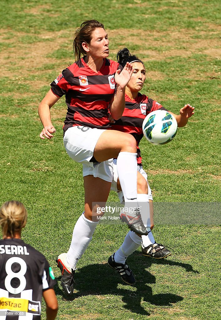 Vanessa Hart of the Wanderers in action during the round six W-League match between the Western Sydney Wanderers and the Newcastle Jets at Campbelltown Sports Stadium on November 25, 2012 in Sydney, Australia.