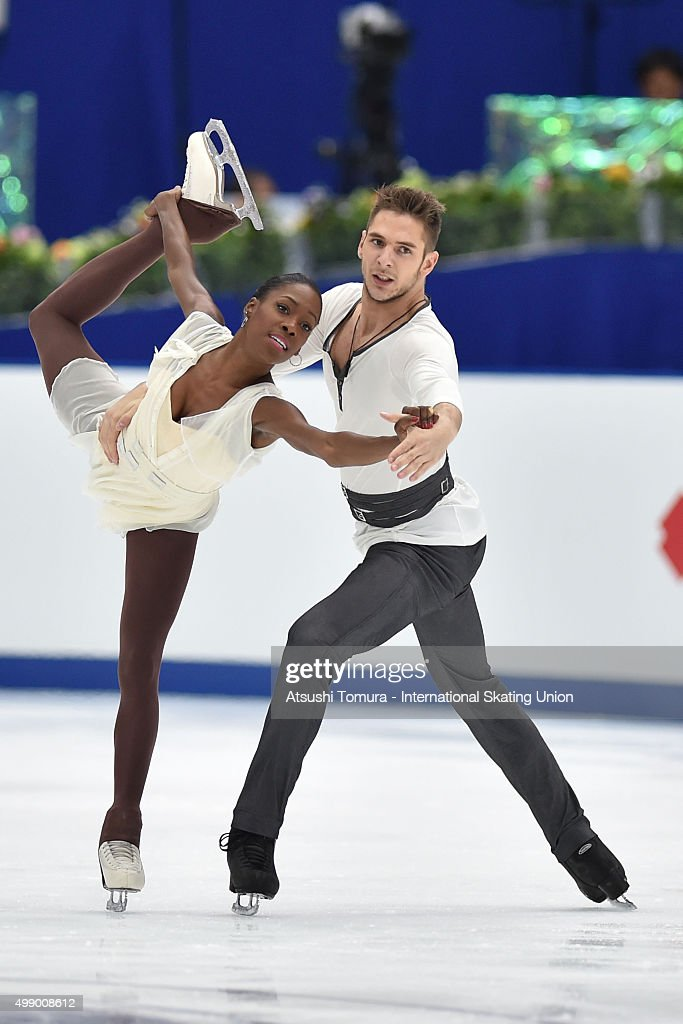 <a gi-track='captionPersonalityLinkClicked' href=/galleries/search?phrase=Vanessa+James&family=editorial&specificpeople=4113198 ng-click='$event.stopPropagation()'>Vanessa James</a> and Morgan Cipres of France compete in the pairs free skating during the day two of the NHK Trophy ISU Grand Prix of Figure Skating 2015 at the Big Hat on November 28, 2015 in Nagano, Japan.