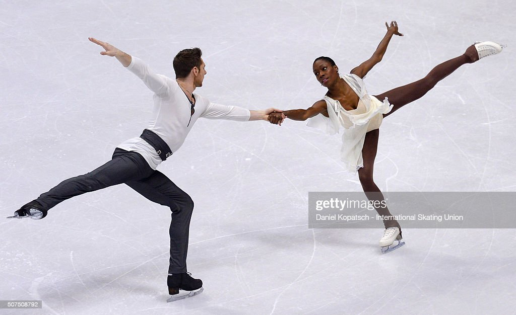 <a gi-track='captionPersonalityLinkClicked' href=/galleries/search?phrase=Vanessa+James&family=editorial&specificpeople=4113198 ng-click='$event.stopPropagation()'>Vanessa James</a> and Morgan Cipres of France perform during Pairs Free Skating on day four of the ISU European Figure Skating Champinships 2016 on January 30, 2016 in Bratislava, Slovakia.