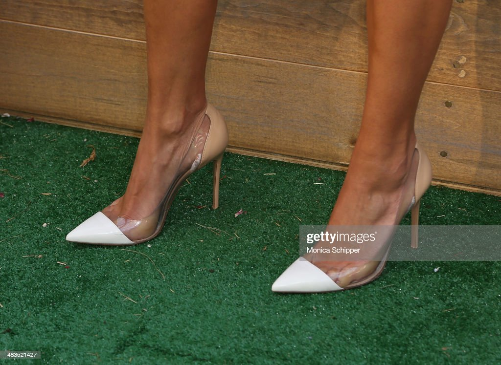 Vanessa Lachey (shoe detail) attends Farm Heroes Saga's Urban Farm Experience at Flatiron Pedestrian Plaza on April 9, 2014 in New York City.