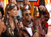 Vanessa Minnillo and Omarion during Blink 182 Omarion and Fabolous Visit MTV's 'TRL' November 10 2004 at MTV Studios in New York City NY United States