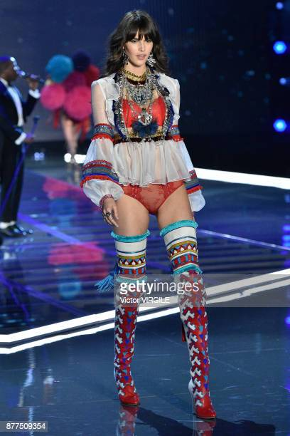 Vanessa Moody walks the runway at the 2017 Victoria's Secret Fashion Show In Shanghai Show at MercedesBenz Arena on November 20 2017 in Shanghai China