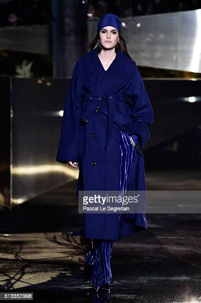 Vanessa Moody walks the runway during the HM show as part of the Paris Fashion Week Womenswear Fall/Winter 2016/2017 on March 2 2016 in Paris France