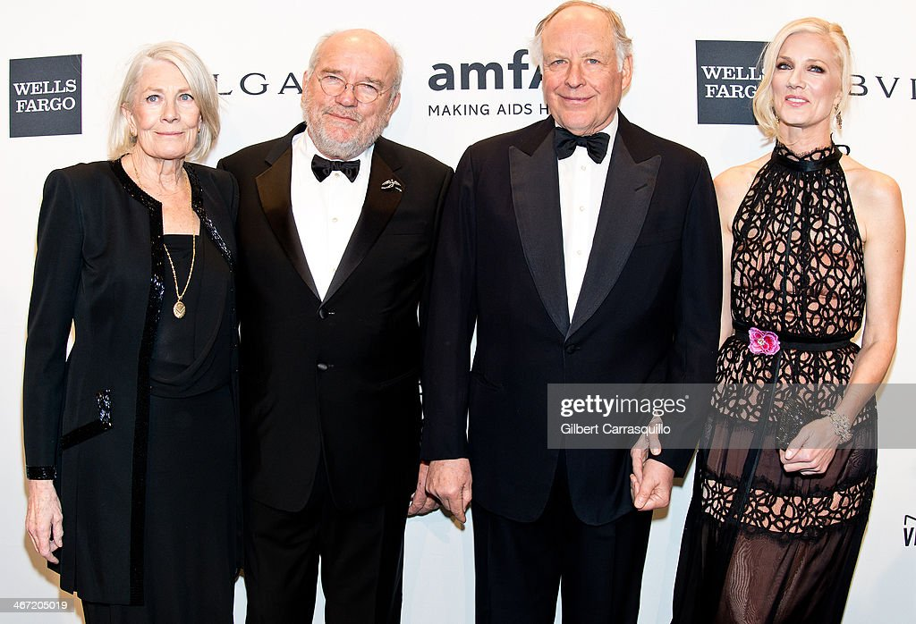 Vanessa Redgrave, Peter Lindbergh, Nicola Bulgari and Joely Richardson attend the 2014 amfAR New York Gala at Cipriani Wall Street on February 5, 2014 in New York City.