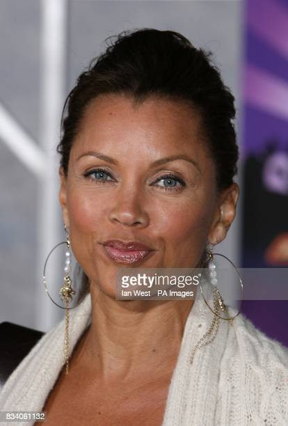 Vanessa Williams arrives at the premiere for new film Hannah Montana and Miley CyrusBest of Both Worlds Concert at the El Capitan Theatre Los Angeles