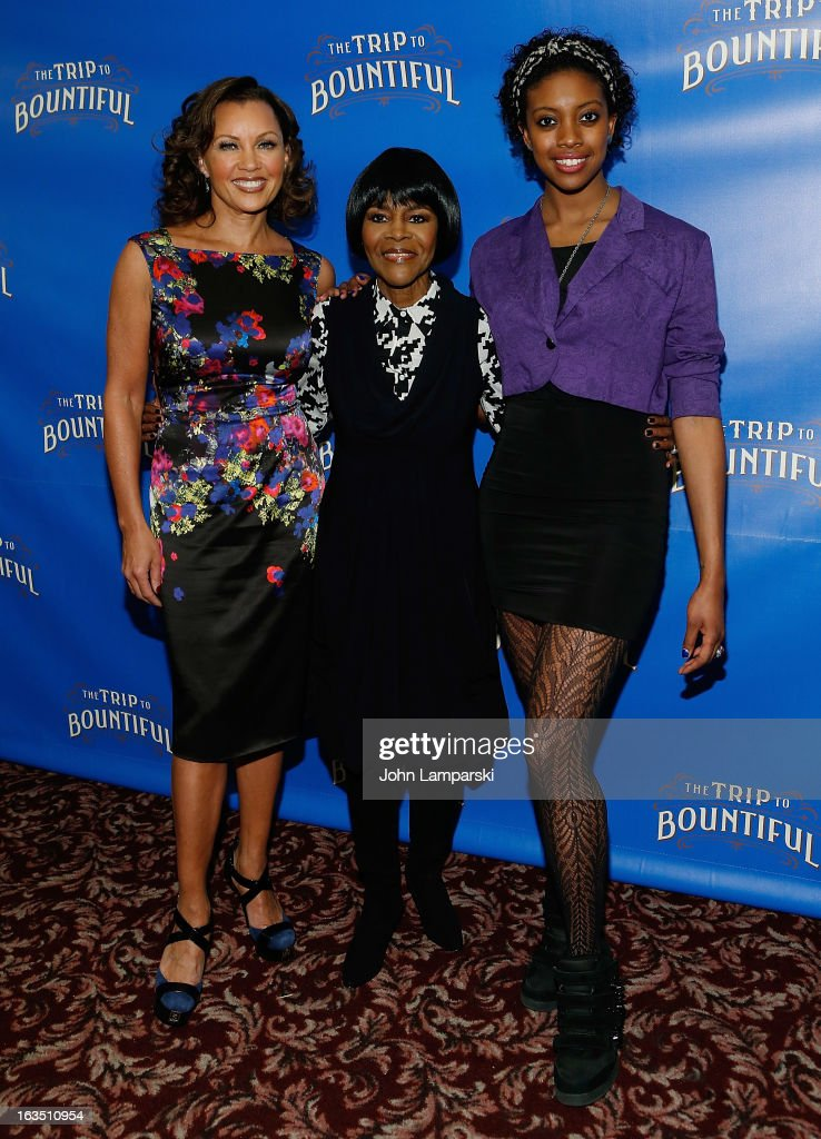 Vanessa Williams, <a gi-track='captionPersonalityLinkClicked' href=/galleries/search?phrase=Cicely+Tyson&family=editorial&specificpeople=211450 ng-click='$event.stopPropagation()'>Cicely Tyson</a> and Condola Rashad attend the 'The Trip To Bountiful' Broadway Cast Photocall at Sardi's on March 11, 2013 in New York City.