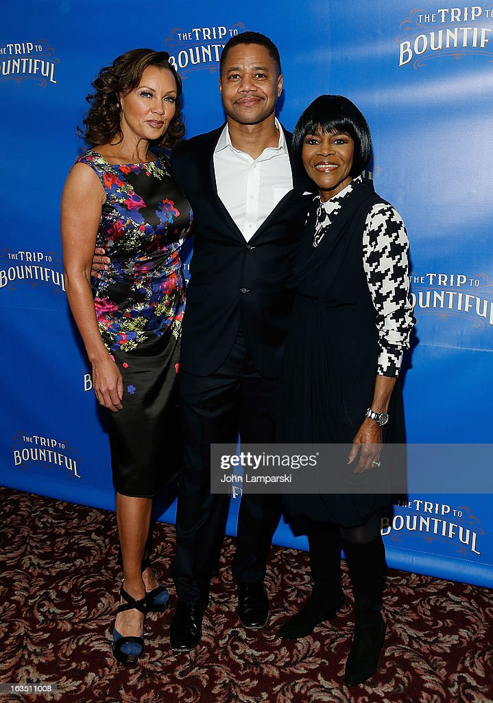Vanessa Williams, <a gi-track='captionPersonalityLinkClicked' href=/galleries/search?phrase=Cuba+Gooding+Jr.&family=editorial&specificpeople=208232 ng-click='$event.stopPropagation()'>Cuba Gooding Jr.</a> and <a gi-track='captionPersonalityLinkClicked' href=/galleries/search?phrase=Cicely+Tyson&family=editorial&specificpeople=211450 ng-click='$event.stopPropagation()'>Cicely Tyson</a> attend the 'The Trip To Bountiful' Broadway Cast Photocall at Sardi's on March 11, 2013 in New York City.