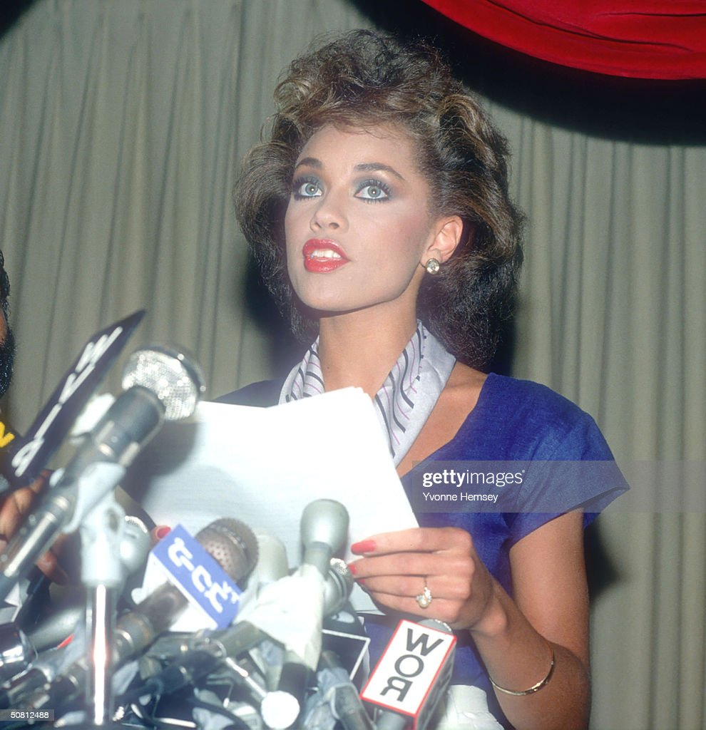 Vanessa Williams resigns her Miss America title July 23 1984 in New York City Naked photographs of Miss Williams and another woman surfaced forcing...