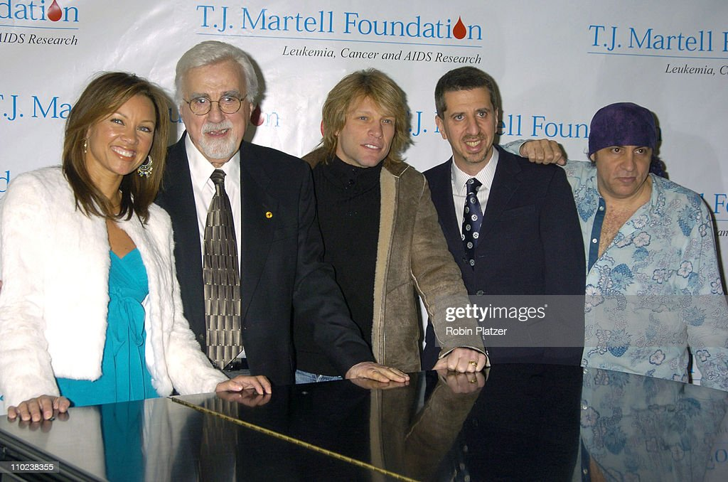 Vanessa Williams, Tony Martell, Jon Bon Jovi, Jason Flom and Steven Van Zandt