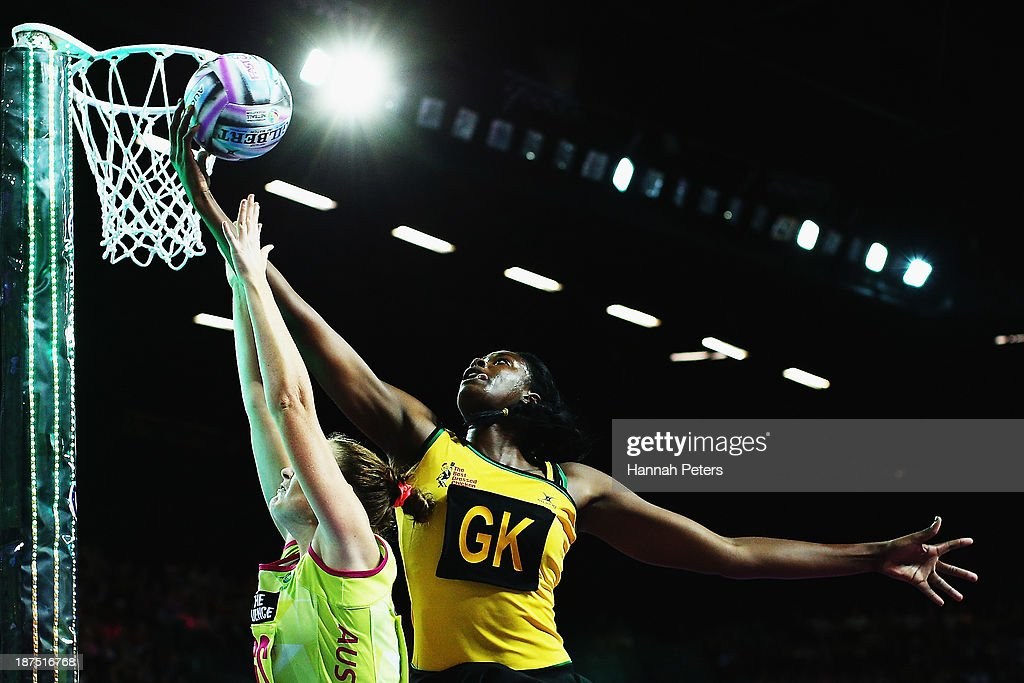 Vangelee Williams of Jamaica competes with Susan Pratley of Australia during the semi final match between Jamaica and Australia on day three of the Fast5 Netball World Series at Vector Arena on November 10, 2013 in Auckland, New Zealand.