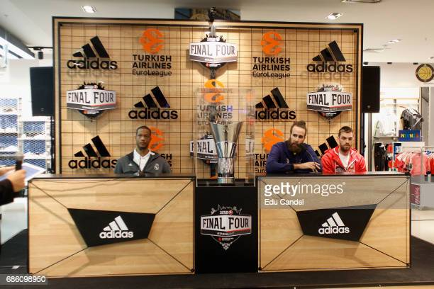 Vangelis Mantzaris #17 of Olympiacos Piraeus with Luigi Datome #70 of Fenerbahce Istanbul and Anthony Randolph #3 of Real Madridduring the 2017...