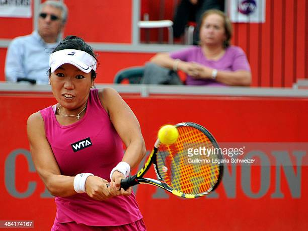 Vania King of US returns the ball to Mariana Duque of Colombia during their WTA Bogota Open quaterfinal match at El Rancho Club in Bogota on April 11...